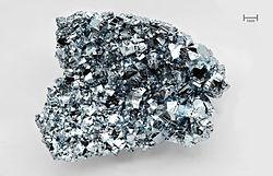 250px-Osmium_crystals